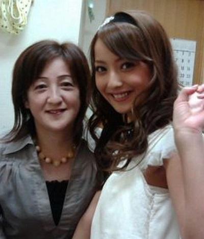 佐々木希の母親の顔写真