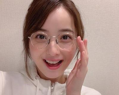 佐々木希のメガネ姿が可愛すぎる!愛用ブランドも徹底調査!